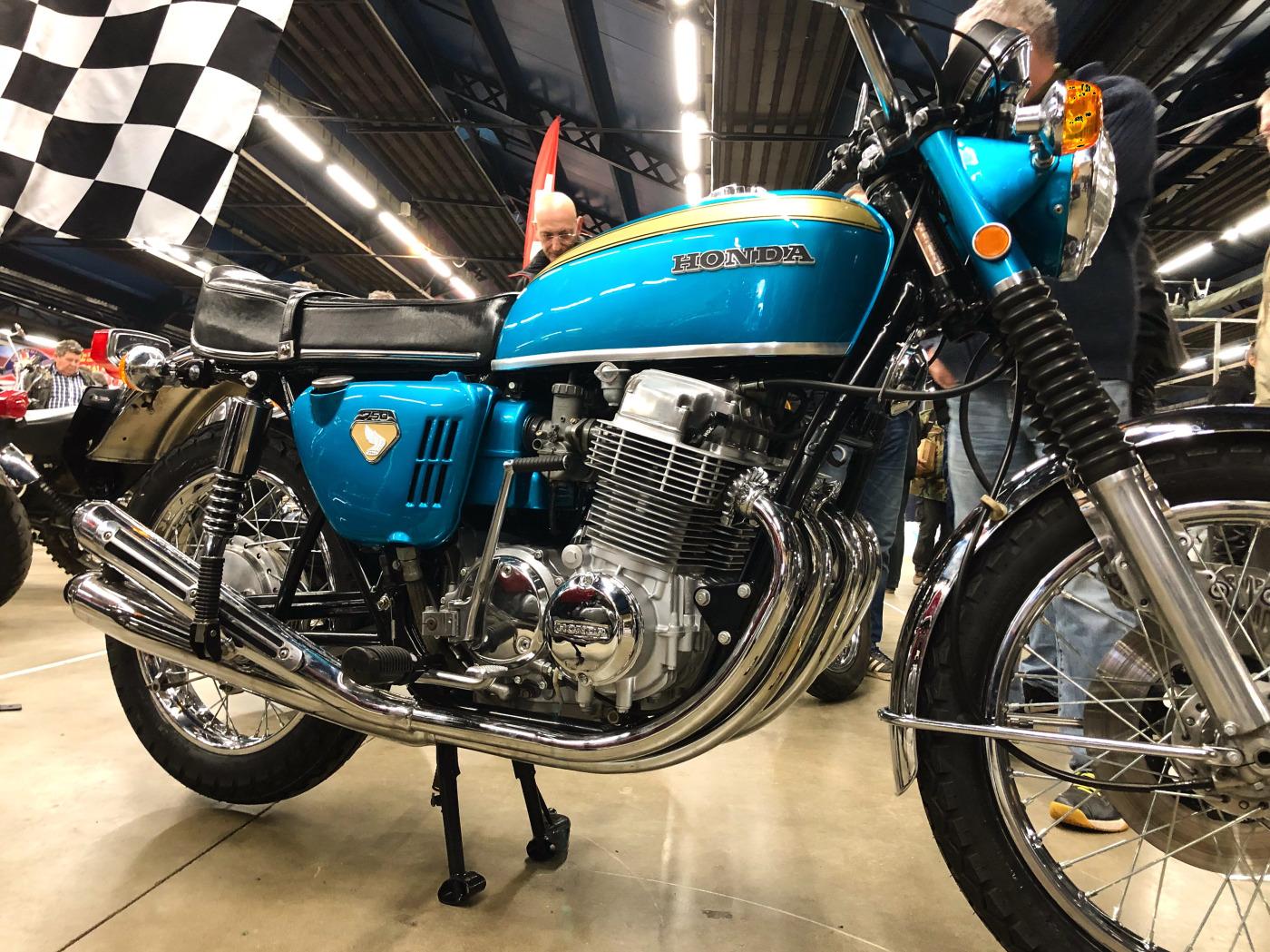21-HONDA-CB-750-FOUR-K0-1970