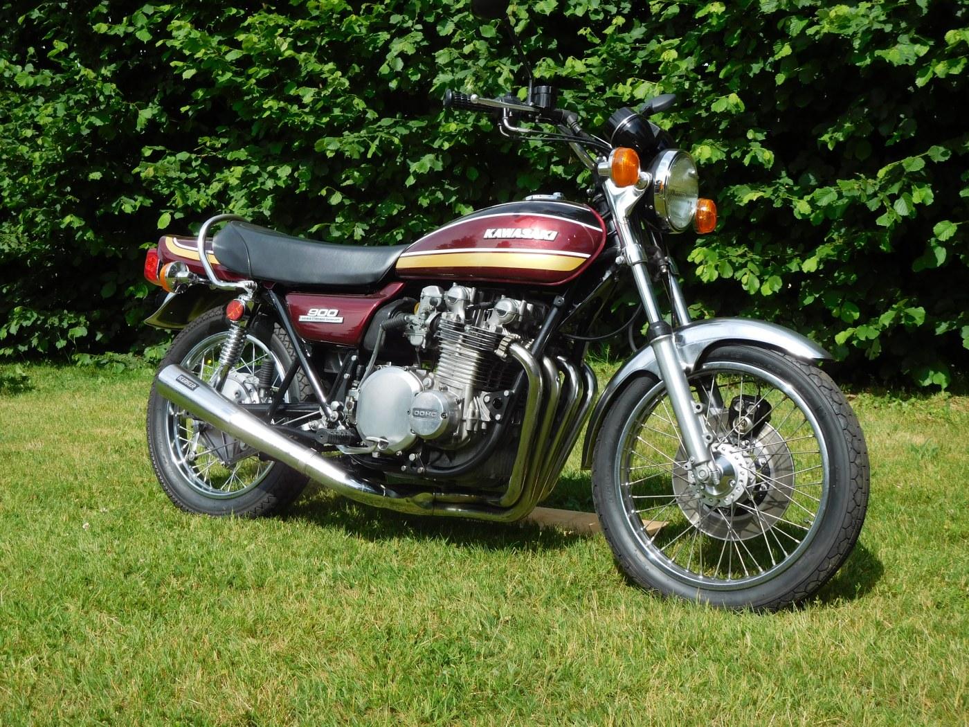 KAWASAKI Z 900 1976 (look 1975)